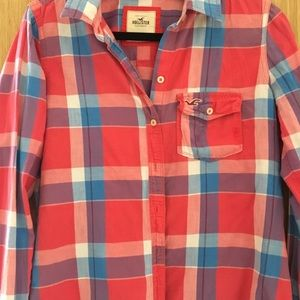 hollister red,white, & blue button up flannel